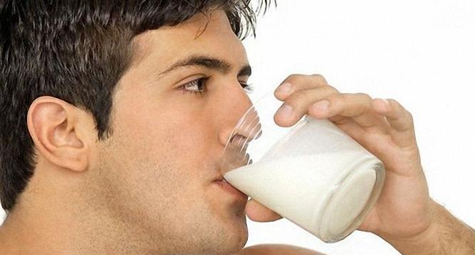 Лечение ангины молоком с медом