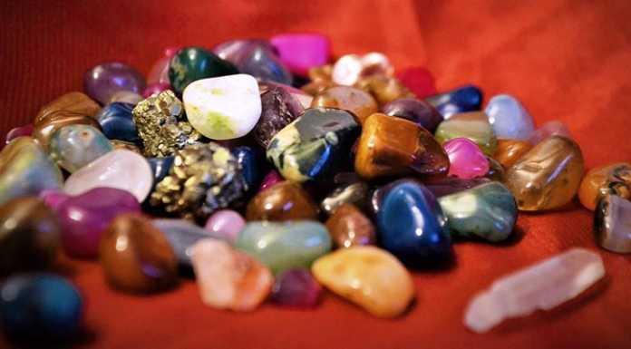 Лечение драгоценными камнями